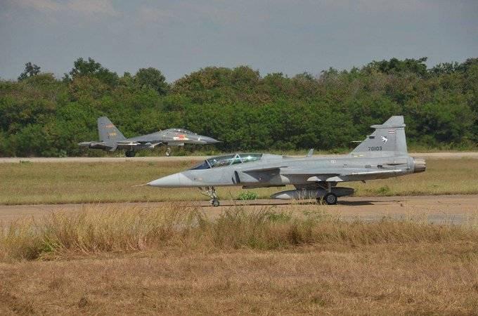 The Diplomat (Japan): Su-27SK vs SAAB JAS-39C Gripen. Parsing Open Data
