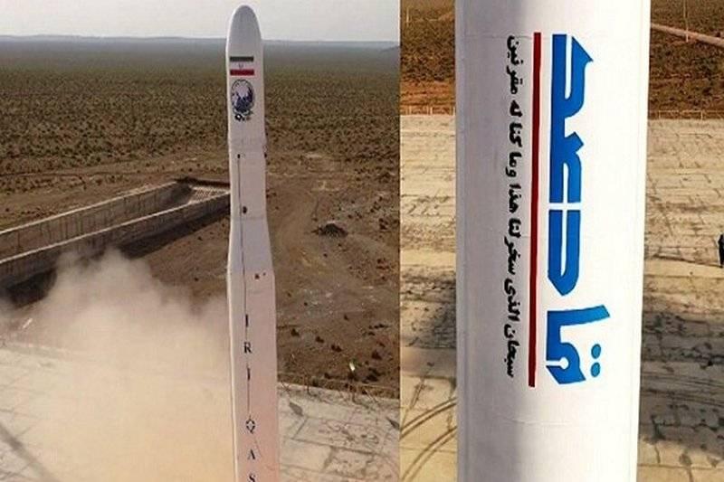 イランが軌道に最初の軍事衛星の打ち上げを発表
