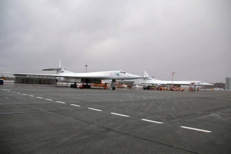 रूसी एयरोस्पेस बलों को दो उन्नत रणनीतिकार टीयू -160 प्राप्त हुए
