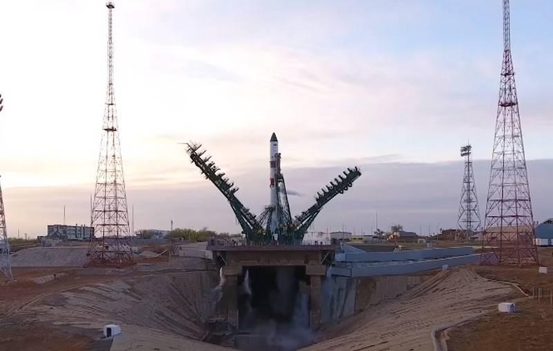 ロシアの貨物船プログレスMS-14がISSにドッキング