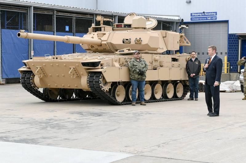 """在美国,公开展示了""""轻型坦克""""的原型"""