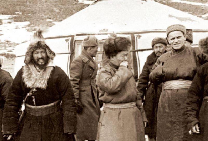 Sincan için mücadele. Ospan-Batyr, Kazak Robin Hood