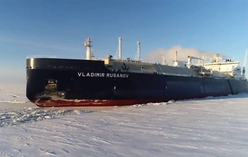 러시아의 LNG 유조선의 미래 : 미래의 해저 핵 유조선