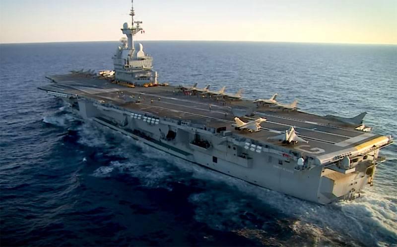 Fransa, uçak gemisi Charles de Gaulle'nin denizcilerinin enfeksiyonu hakkında bir soruşturma yürütecek