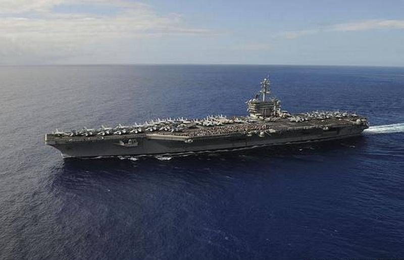 """Uçak gemisi """"Theodore Roosevelt"""" yeni bir coronavirüs salgını kaydetti"""