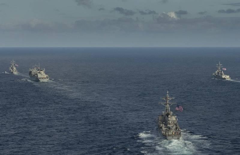 """""""Donald Cook"""" links: Streikschiffe der 6. USS-Flotte verließen die Arktis"""