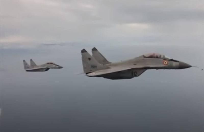 O comandante da Força Aérea da Índia falou sobre o uso do MiG-29K nas fronteiras com a China e o Paquistão