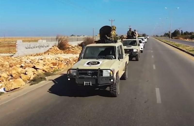 Haftar는 Al-Vatiya 공군 기지에서 전투를 받아들이지 않은 이유를 알게되었습니다.