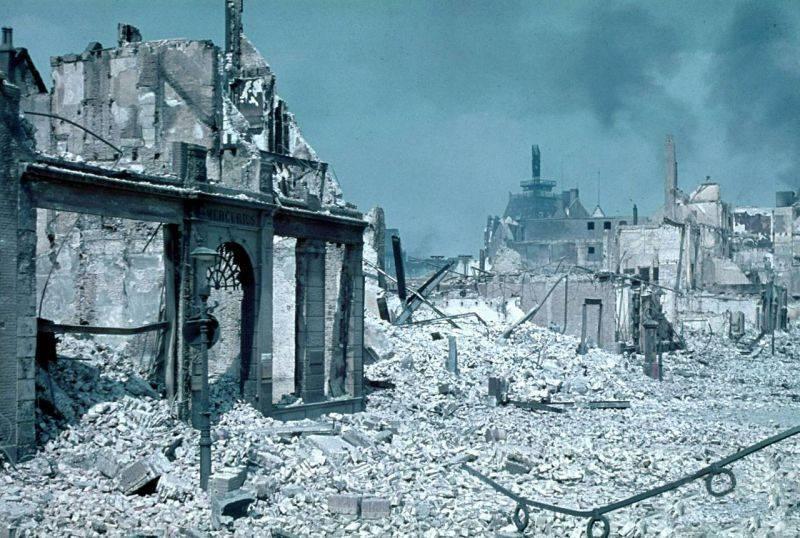 """मनोवैज्ञानिक युद्ध। जर्मन लोगों ने """"हॉलैंड किले"""" को कैसे उड़ा दिया"""