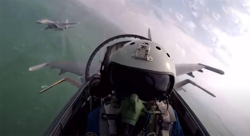 En India, mostró imágenes con los combatientes arrojados de la fuerza aérea china a la frontera