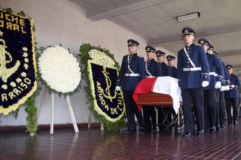 Augusto Pinochet: Generalkapitän und Diktator