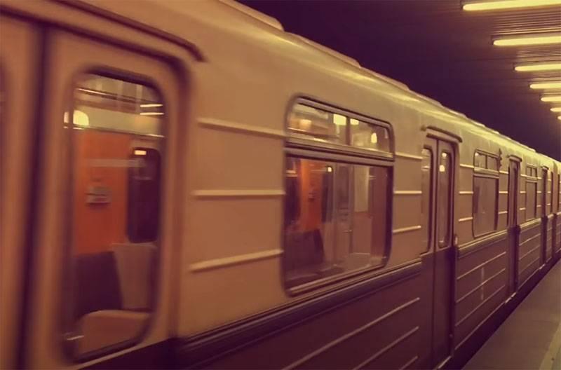 Moskauer Metro während des Zweiten Weltkriegs: das größte Entbindungsheim und Verteidigungsunternehmen