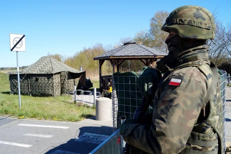Борьба с безработицей по-польски: Минобороны решило вызывать на военные сборы потерявших работу