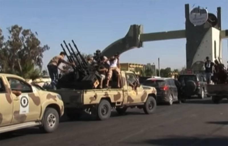A aparição nas forças do PNS dos membros do grupo que reprimiram o embaixador dos EUA foi anunciada por Haftar