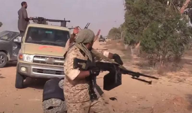 Exército de Haftar: nas forças do PNS, militares turcos e militantes pró-turcos são muitas vezes mais do que os líbios