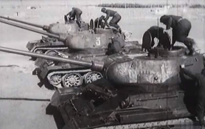 """""""Dopo la marcia, ti senti come un sacco di ossa"""": la storia del pilota T-34"""