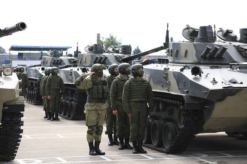 The BMD-4M and BTR-MDM battalion set entered the Pskov Airborne Division