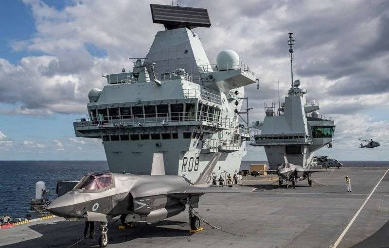 The new flagship of the British Royal Navy was the aircraft carrier Queen Elizabeth