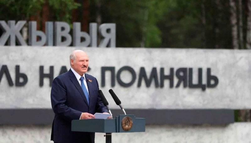 """Twelve Khatyn"": Lukashenko opened a memorial on the site of the village of Ola burnt by the Nazis"