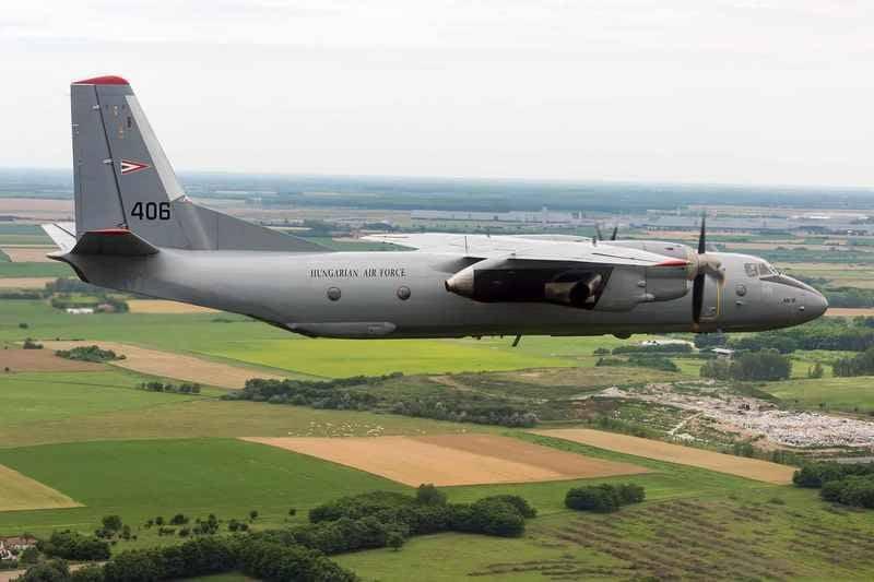 Hungría desmanteló el último transporte militar An-26