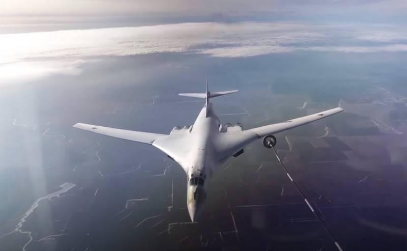Tu-160M e Tu-22M3M riceveranno un nuovo sistema di navigazione a corto raggio per il rifornimento di carburante