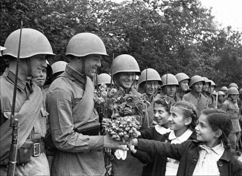 스탈린이 베 사라비아를 러시아로 돌려 보낸 방법