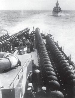 軍艦。 卓越性への道のり