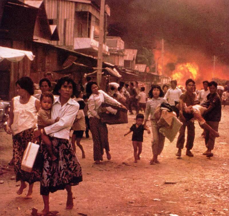 프놈펜 마지막 날 : 16 년 1975 월 XNUMX 일 폭행