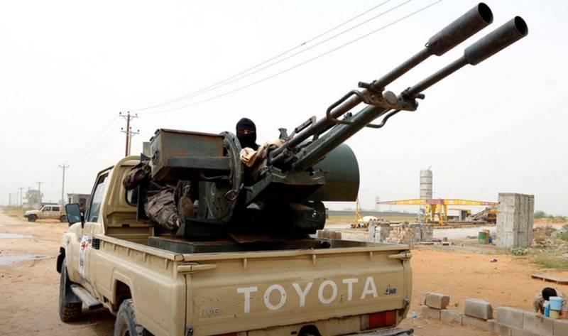 LNA Haftara se prepara para una gran batalla por Sirte