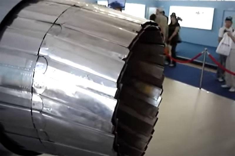 Navigateur en Chine: les moteurs AL-31F n'offrent pas de rayon de combat accru J-20