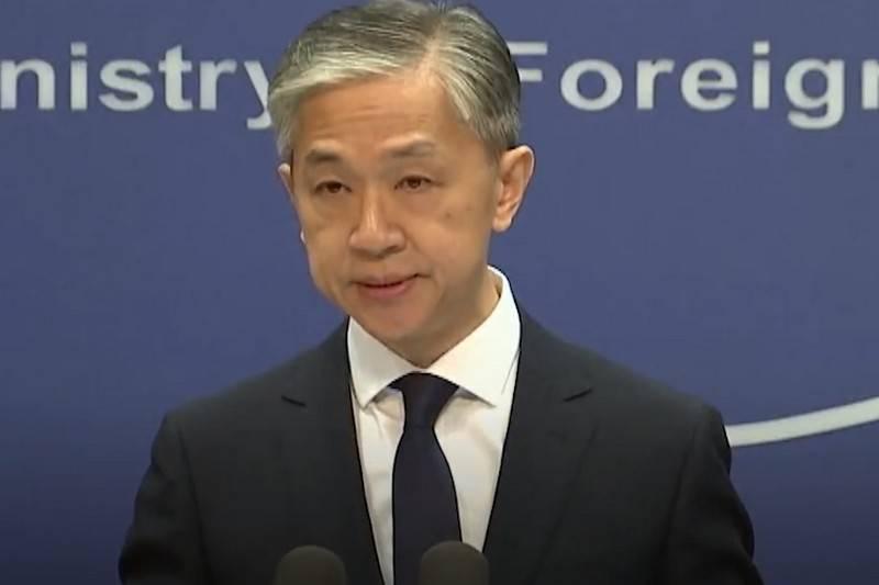 अमेरिका चीन से ह्यूस्टन में सामान्य वाणिज्य दूतावास बंद करने की मांग करता है