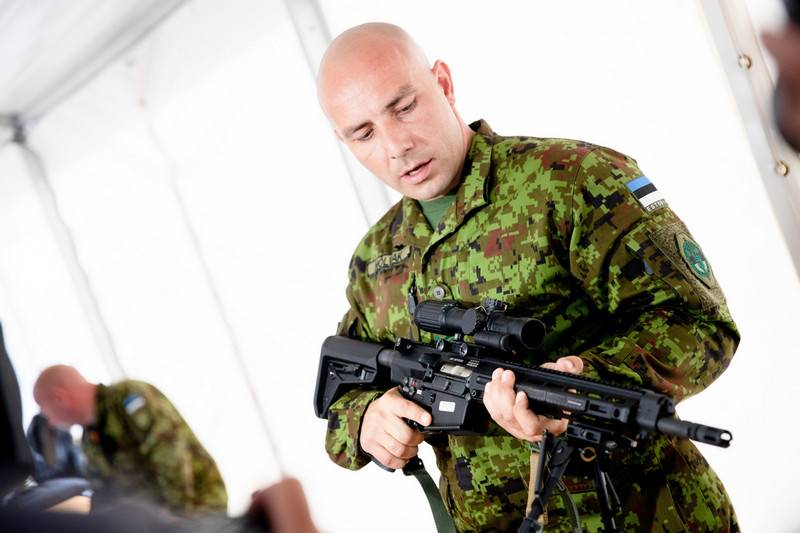 Estonia receives the first batch of American LMT automatic rifles