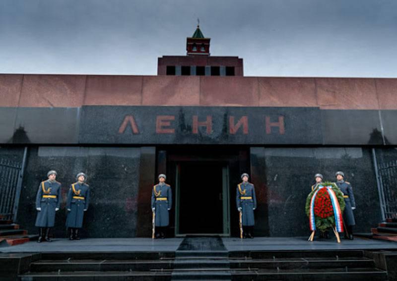 Czech historian calls the Soviet Union a colonial empire