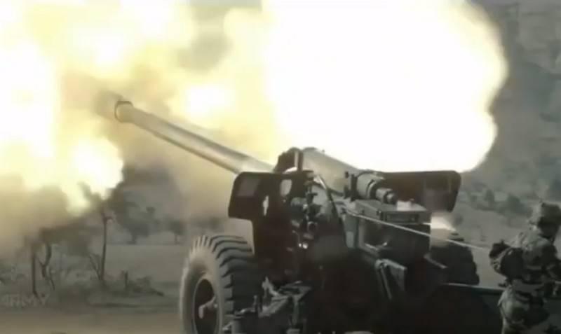 Hindistan Pakistan'ı Keşmir'deki pozisyonlarını bombalamakla suçladı