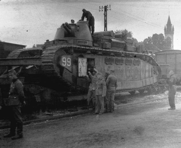 Super heavy tanks of France: the interwar failure