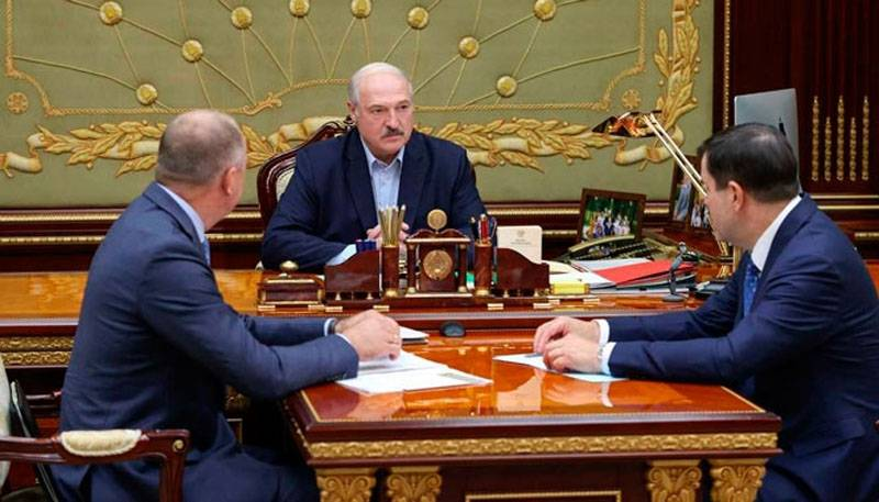 """""""We need to deal with those who sent them here"""": Lukashenka spoke about the detention of Russians"""