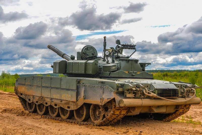 ZVO继续通过升级的T-80BVM坦克进行改组