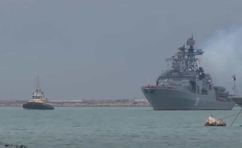 El grupo ártico de barcos y embarcaciones comenzó un crucero por la Ruta del Mar del Norte