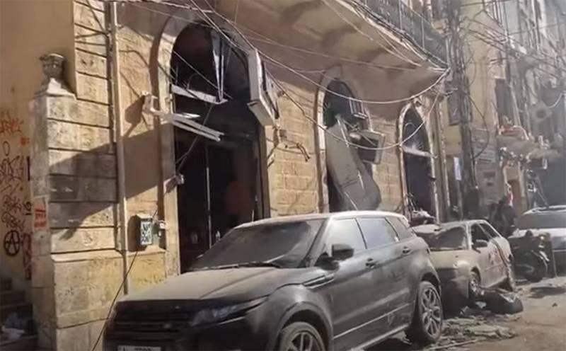 Beyrut'ta limanda meydana gelen şiddetli patlama olayında 16 kişi aynı anda gözaltına alındı