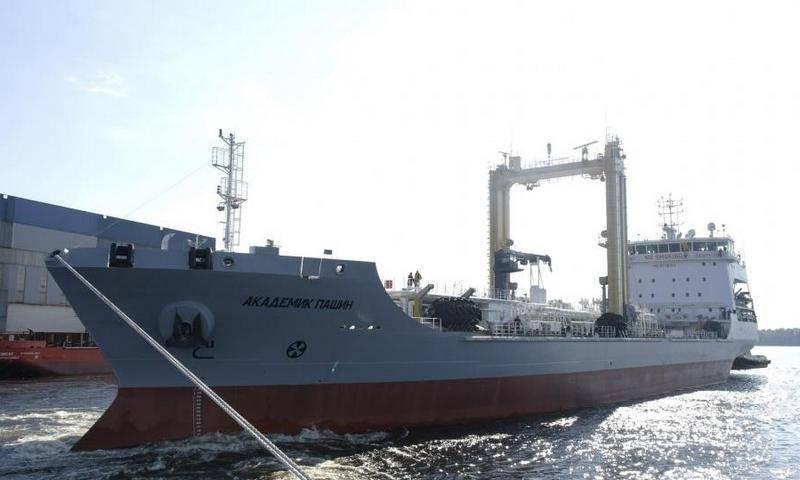 Il Ministero della Difesa intende rifornire la Flotta del Nord con diverse petroliere del progetto 23130