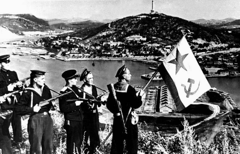 Sowjetischer Blitzkrieg. Wie Stalin Port Arthur zurückbrachte