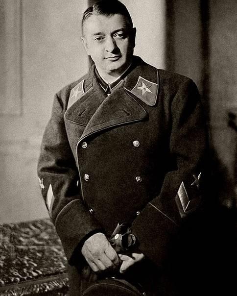 图哈切夫斯基的幽灵困扰着俄罗斯