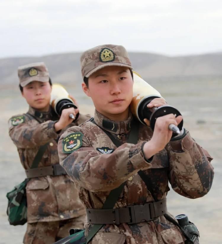 Emanzipation auf Chinesisch: MBT ZTZ88A und vier Tanker