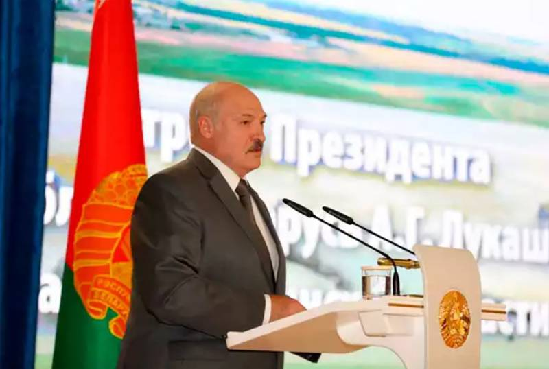 Lukashenko at MZKT: If you don't want to work, you want to leave, the doors are open