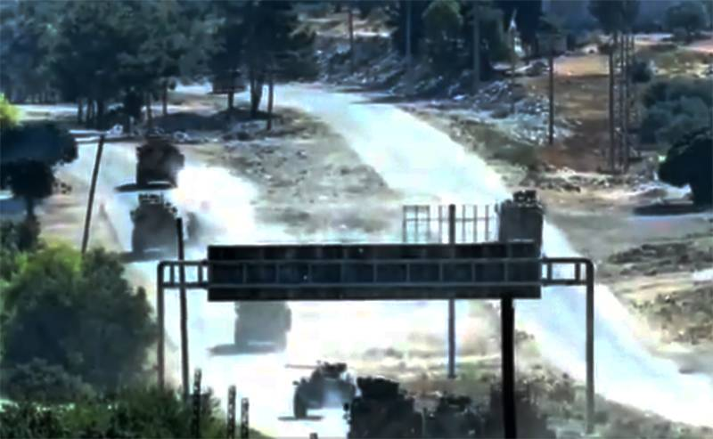 Detonation or shot from a grenade launcher: footage of an incident on the route of a joint patrol of the Turkish and Russian armed forces in Syria is shown