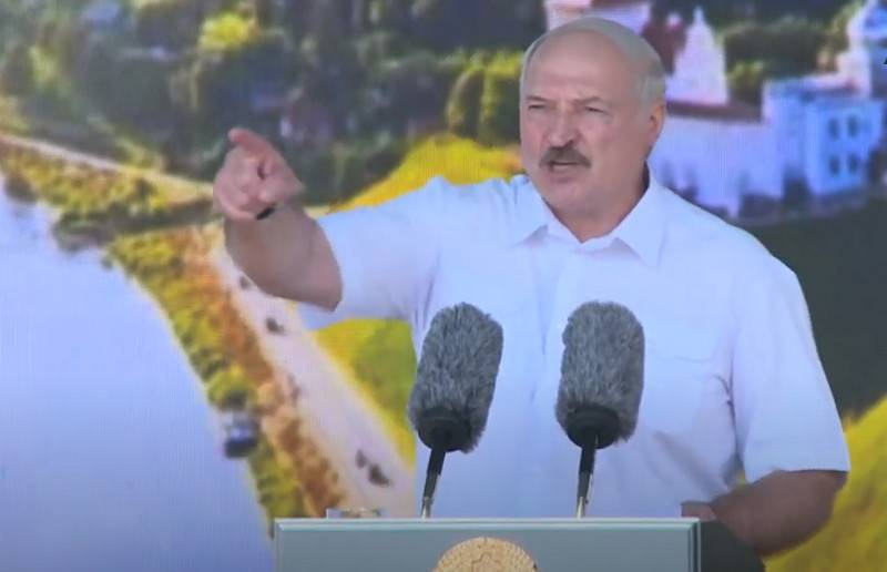"""From Monday, lock on the gate"": Lukashenko ordered to close the striking enterprises"