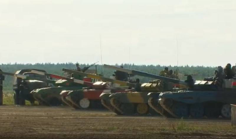"Races within the framework of the ""Tank Biathlon-2020"" competition have begun in Alabino"