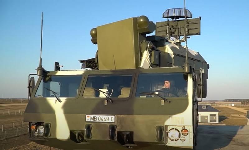 白俄罗斯将从俄罗斯购买防空系统,装甲车和直升机