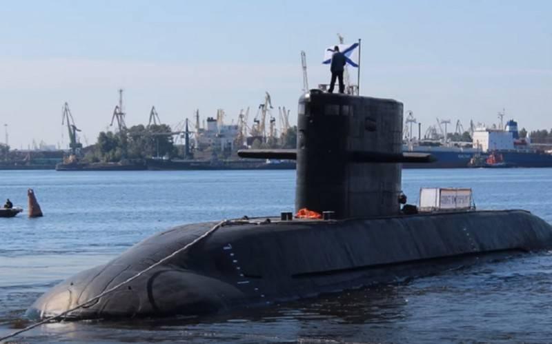 Un «Varshavyanka» et un «Lada»: le ministère de la Défense a signé un contrat pour la construction de sous-marins