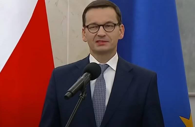 पोलैंड ने यूएसएसआर और नाज़ी जर्मनी पर द्वितीय विश्व युद्ध को रोकने का आरोप लगाया
